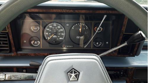 van chrysler plymouth voyager carro antigo automática