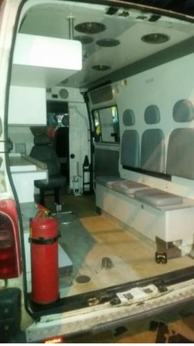van renault master furgao 2006 ambulancia