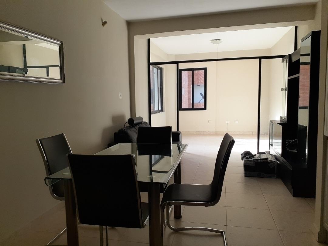 vanessa zambrano 4149486115 vende apartamento en  trigaleña