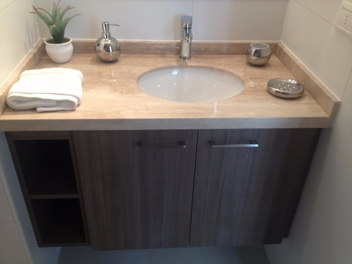 Vanitorios cubierta de marmol y cocinas en granito for Herrajes para muebles de bano