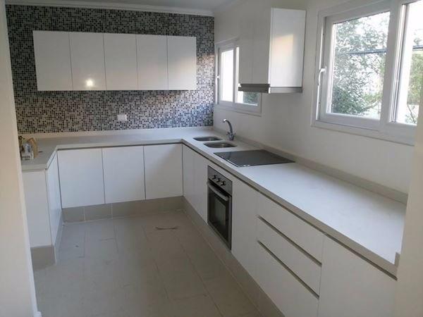 Cocinas con marmol gallery of cocinas mesadas de marmol y - Cocinas de marmol ...