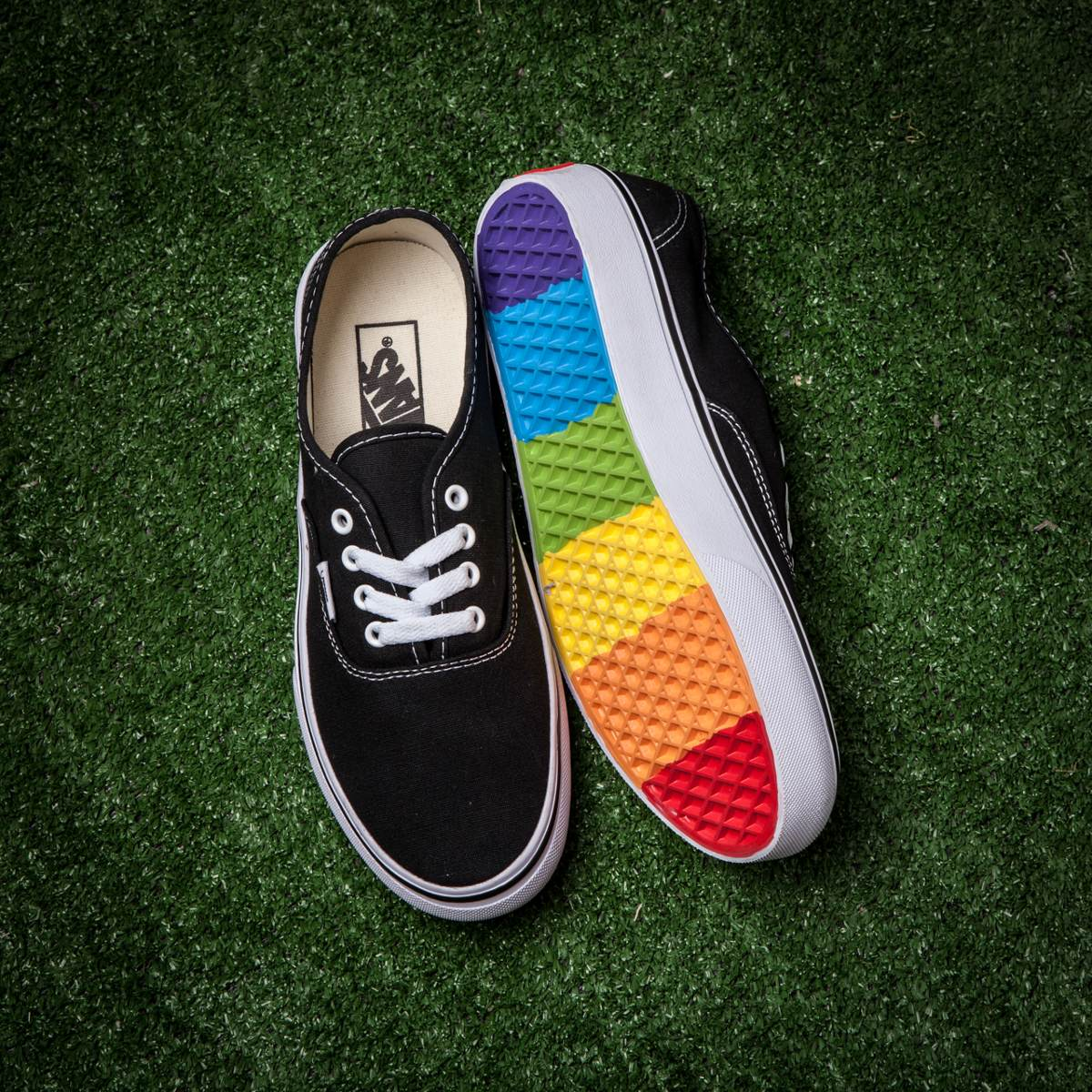 vans authentic (old skool) (planta de colores). Cargando zoom. 9aa0b4148