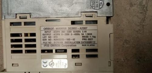 variador .4 kw omron 3 fases  3g3mv-a2007