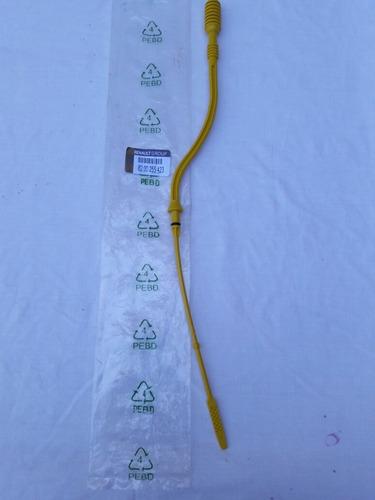 varilla de medir aceite plástica twingo (8v y 16 v) (11 vrd)