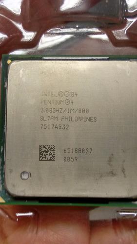 varios procesadores
