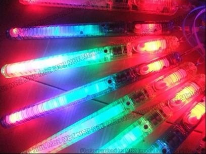 varita con luz a led 21cm. 7 secuencias cotillon luminoso