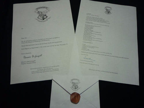varita de harry potter + boleto  hogwarts + carta + taza
