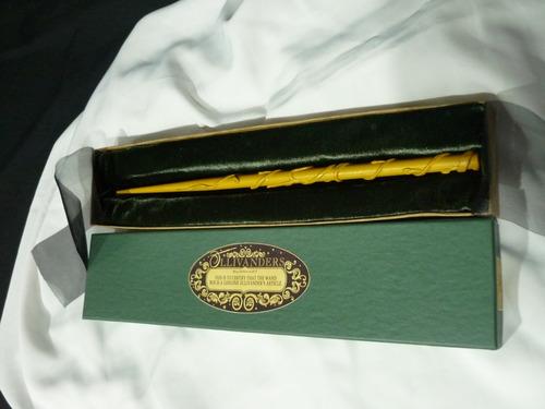varita de hermione con caja ollivanders  + boleto + carta