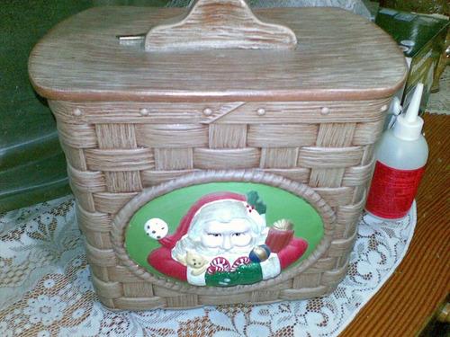 vasija de ceramica con forma de cesta tejida, muy bonita!