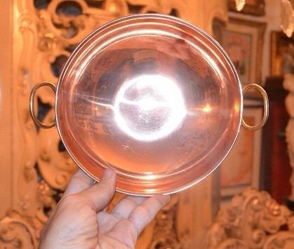 vasija de cobre y bronce