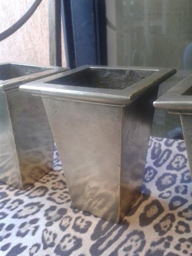 vaso antigo em latão maciço (only wood)