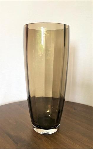 vaso cristal preto ondulado