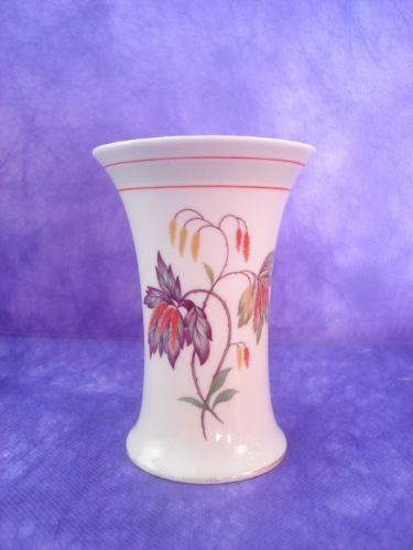 vaso em porcelana thomaz ivory / bavária n° 04937 modelo 23.