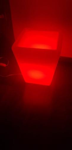vaso iluminado decorativo com led rgb c/controle trapezium 1