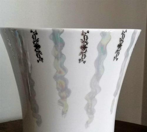 vaso pintado a mão. bodas de prata 25 anos de casamento