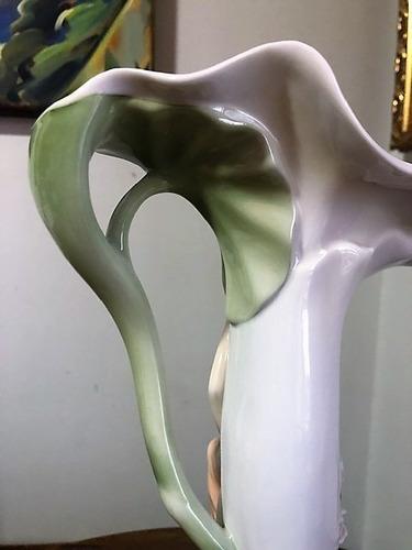 vaso porcelana relevo mulher 39cm