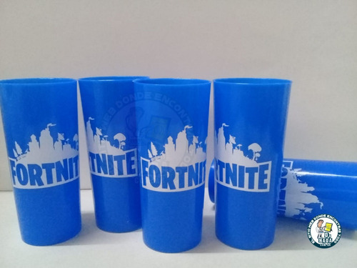 vaso trago largo color plástico  fortnite 290 cc.x 60 u.