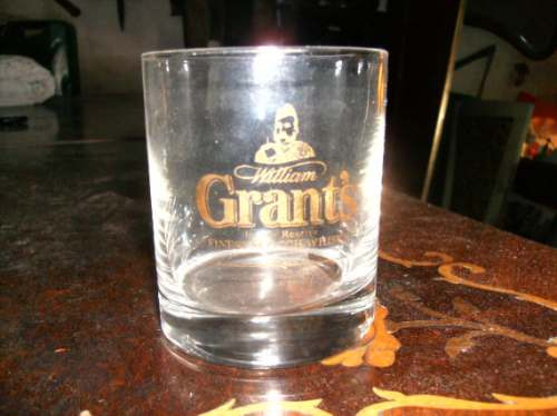 vaso whisky grants