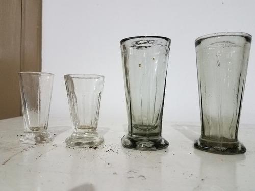 vasos antiguos de bar pulperia