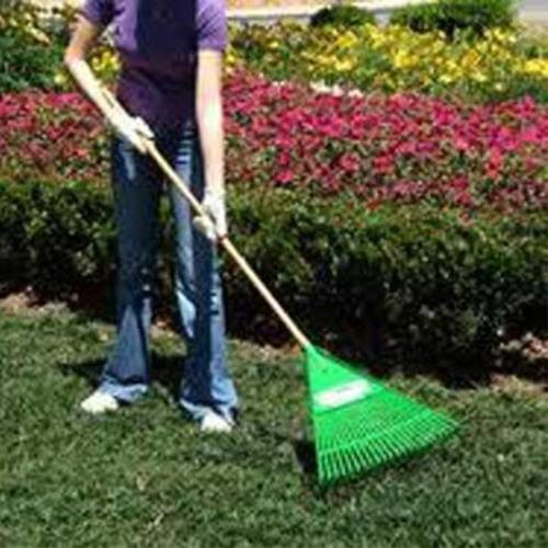 vassoura ancinho rastelo para jardim fj-1010 sem cabo trapp