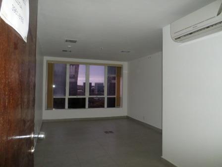 vd salas comerciais. s. bancário n c/ 26 e 45m² oportunidade