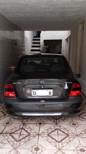 vectra carro chevrolé