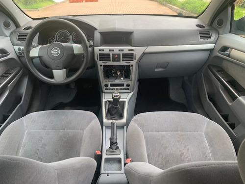 vectra sedan elegance 2008