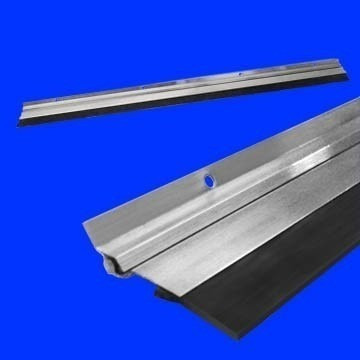 veda porta alumínio cromado 80cm