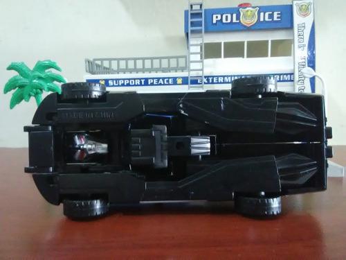 vehiculo transformer de policia