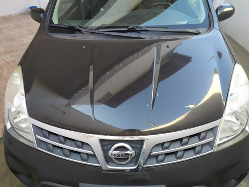 veículo nissan livina x-gear anos 2011/2012