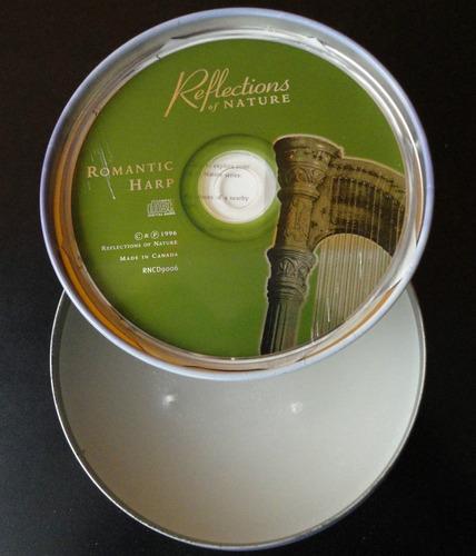 vela aromatizada + lata decorativa + cd = kit karmonia