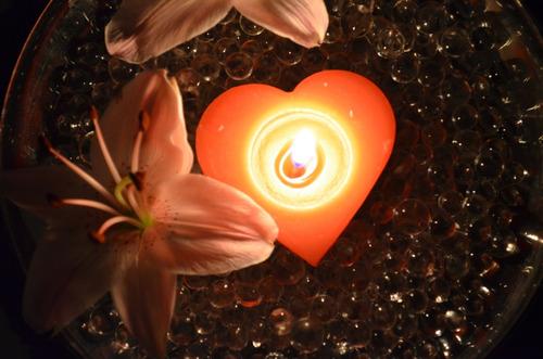 vela en forma corazón 12 piezas aluzza