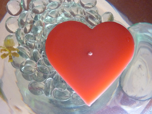 vela flotante en forma de corazón aluzza