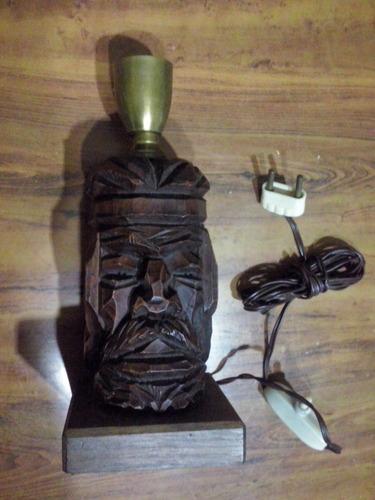 velador de madera figura gaucho