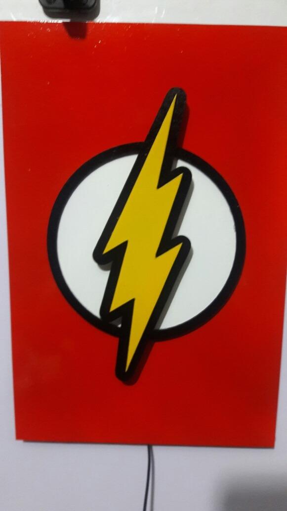 velador infantil led de pared flash superheroes laqueado. Cargando zoom. e08650742e3