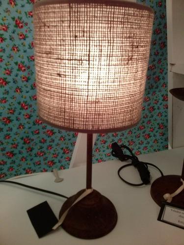 veladores petit oxidados con pantalla arpillera iluminacion