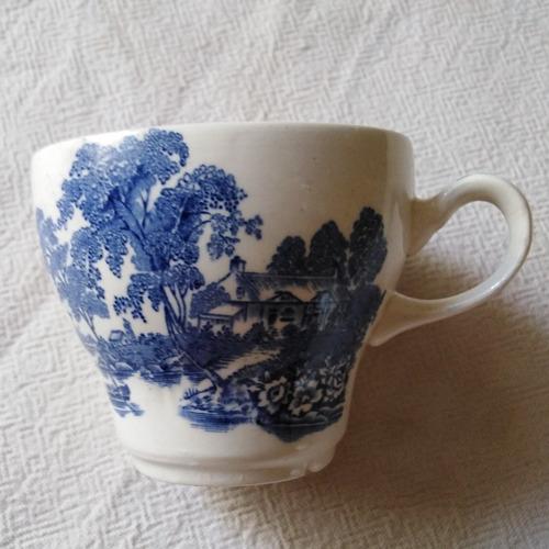 velas aromáticas en tazas porcelana fina