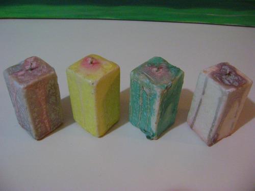 velas decorativas de colores