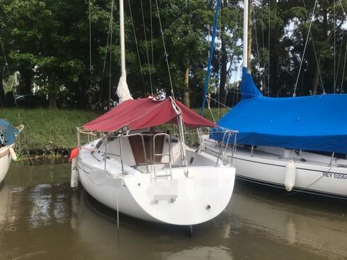velero beneteau first 28.5 yanmar 13 hp dsl band. argentina