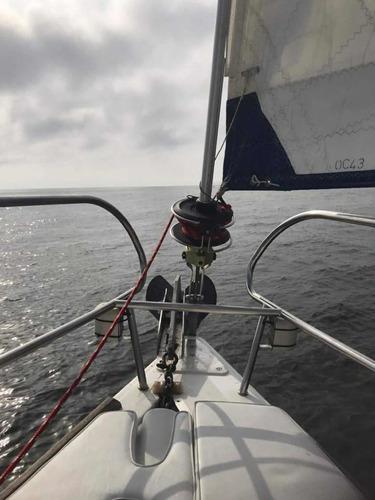 velero beneteau oceanis 43.3