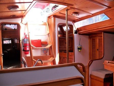 velero bora bora 42 con motor volvo 45 hp diesel