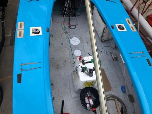 velero clase soling muy seguro y confiable hecho a nuevo