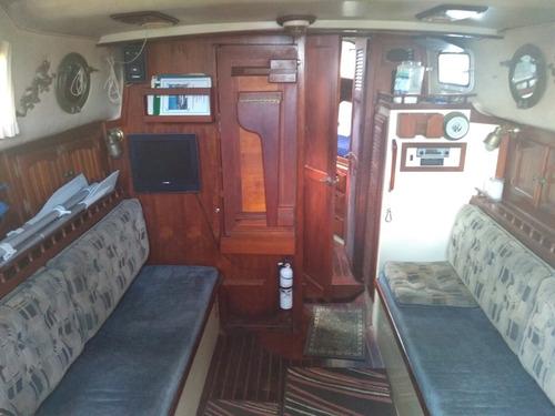 velero clásico en excelentes condiciones listo para navegar