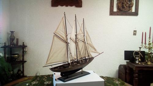 velero de madera, acabado envejecido