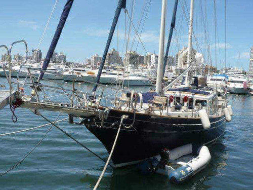 velero goleta oceánica 20 metros caterpillar 220 hp