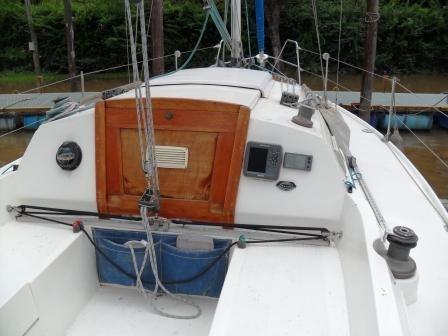 velero plenamar 23 new c/motor yamaha 15 hp