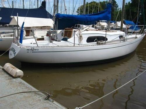 velero plenamar 30 beta marine dsl 20 hp