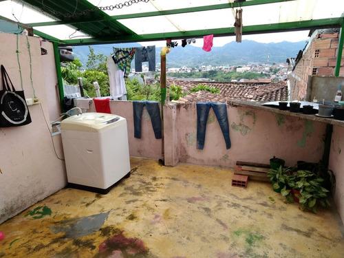 ven casa con renta frente popular modelo pereira