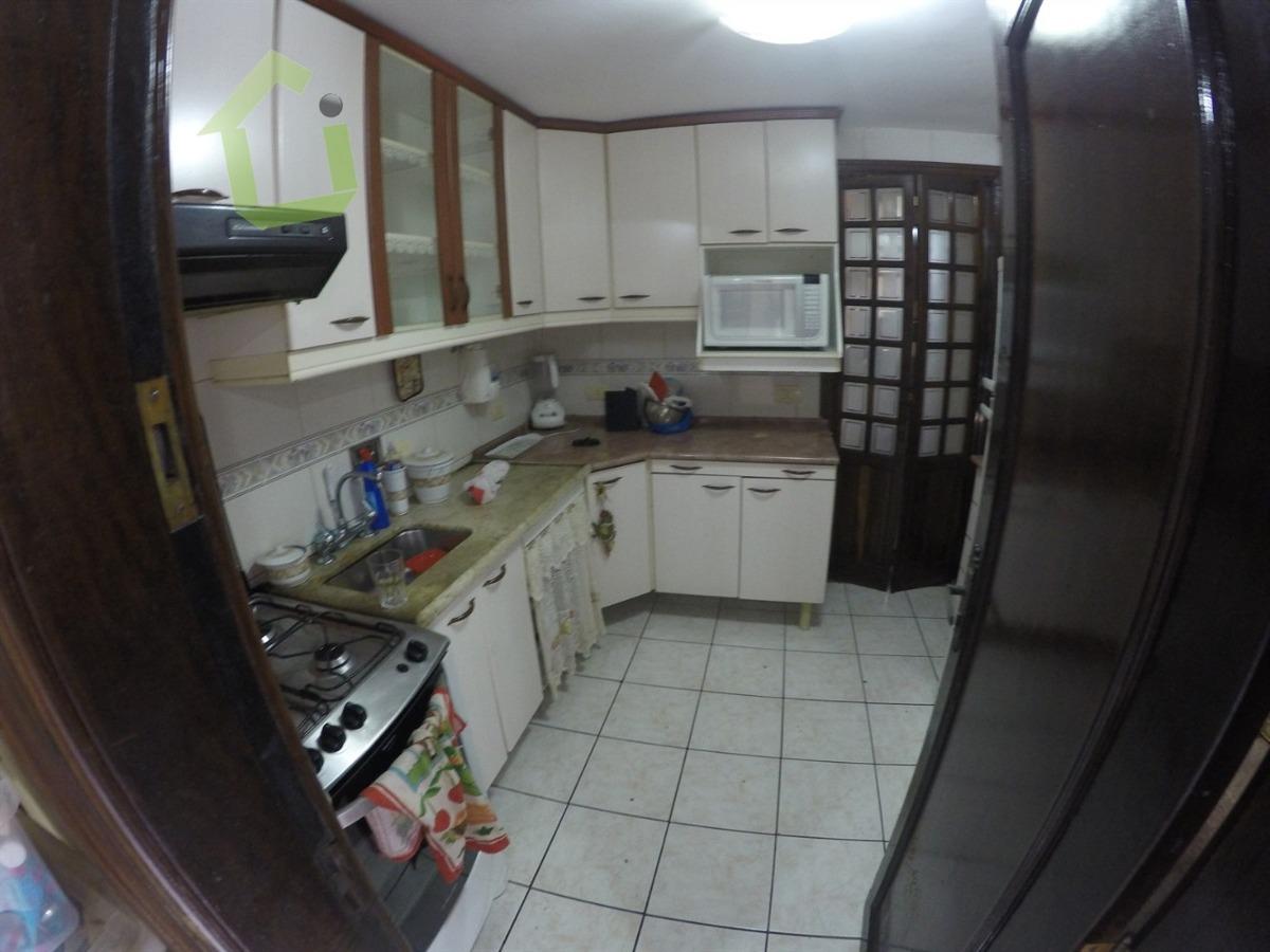 venda - casa 02 quartos no condomínio beija flor - mesquita