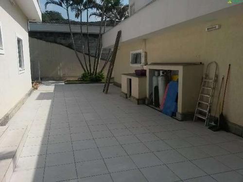 venda casas e sobrados em condomínio jardim das cerejeiras arujá r$ 2.200.000,00